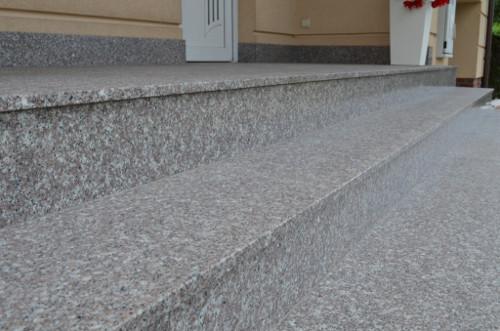 schody z granitu brązowego g664
