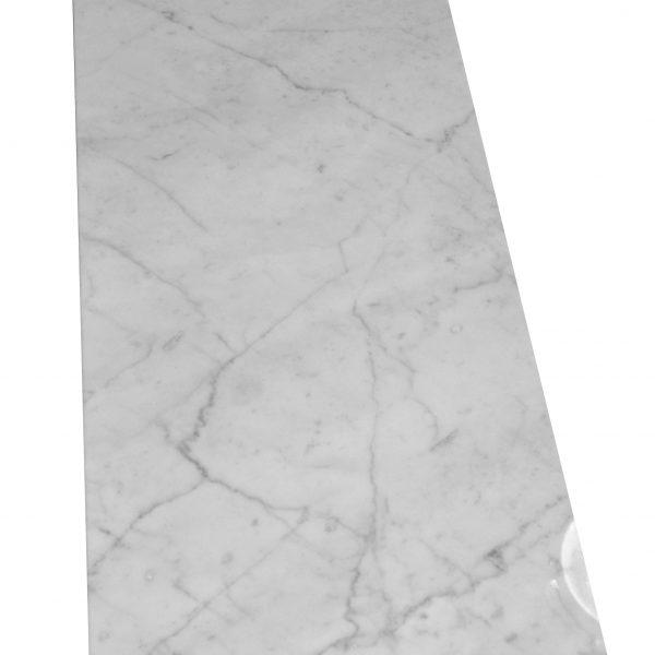 marmur carrara biały na posadzkę ścianę